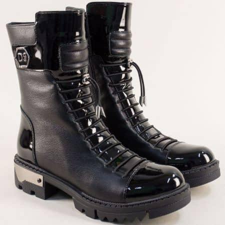 Черни дамски боти изработени от естествени материали-лак и кожа 2460chlch