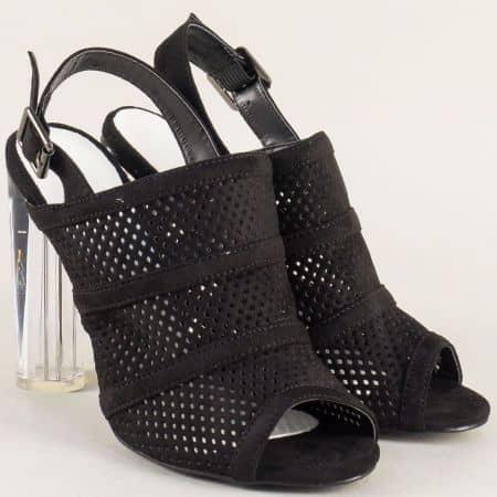 Ефектни дамски обувки в черен цвят на висок модерен ток 246117vch