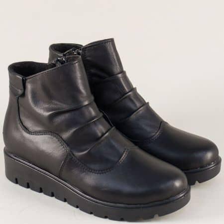 Черни дамски боти от естествена кожа на платформа  2497100ch