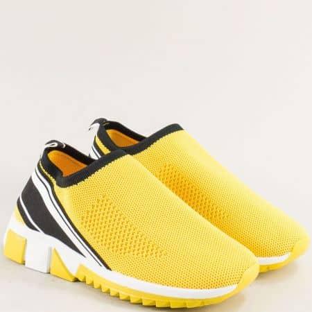 Дамски маратонки на равно ходило в бяло, жълто и черно 25029j