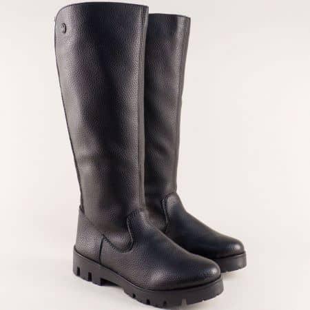 Черни дамски ботуши на каучуково ходило с грайфер 2554ch