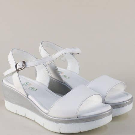 Дамски сандали от бяла естествена кожа на платформа 25734b