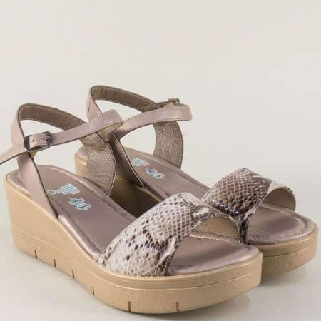 Бежови дамски сандали на платформа с кожена стелка 25734bj