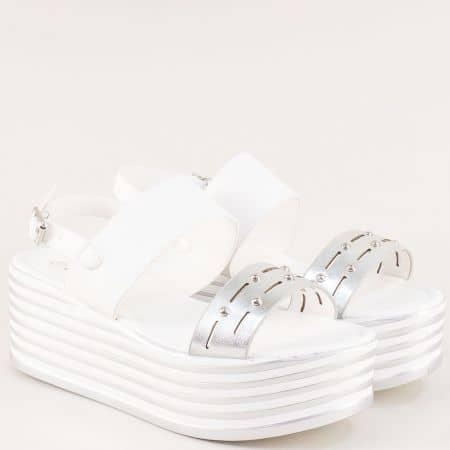 Бели дамски сандали на платформа с принт райе- ELIZA 2595302b