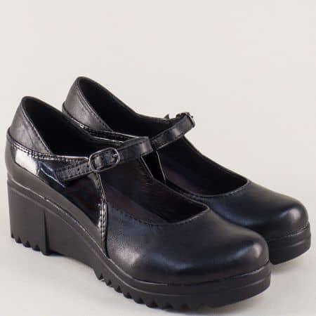 Черни дамски обувки на платформа от естествен лак и кожа 2598612ch