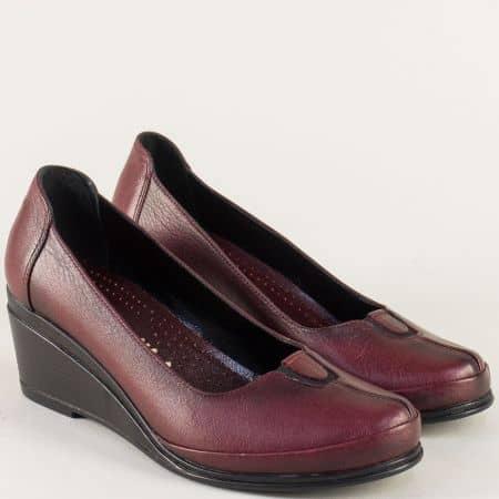 Кожени дамски обувки на клин ходило в цвят бордо 26002bd