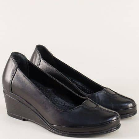 Черни дамски обувки на клин ходило с кожена стелка 26002ch