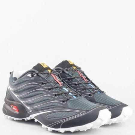 Мъжка спортна маратонка на грайферно ходило с връзки в черен цвят 263910-45ch