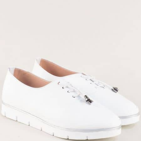 Бели дамски обувки с ластични връзки и кожена стелка 26514061b