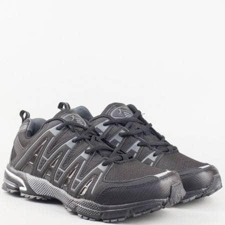 Мъжки спортни маратонки на удобно ходило с връзки в черен цвят 266814-45ch