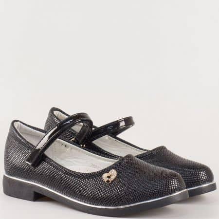 Ефектнии детски обувки със змийски принт в черен цвят на нисък ток с кожена ортопедична стелка и лепка- Athletic  2669lch