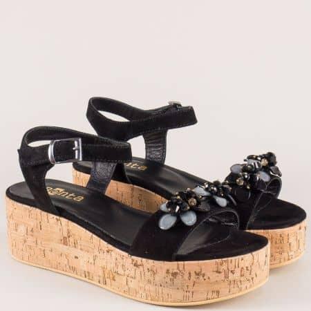 Дамски сандали на платформа от черен естествен велур 27023vch