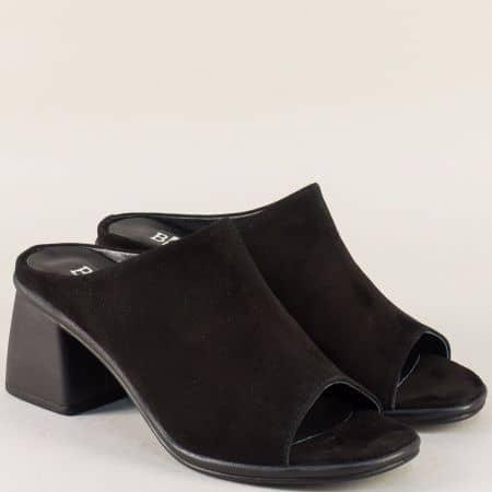 Велурени дамски чехли в черен цвят на висок ток 27180vch