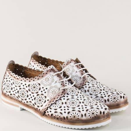 Дамски обувки с пердорация в бял цвят от естествена кожа 285b
