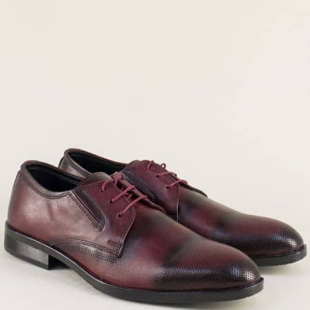 Мъжки обувки с връзки от естествена кожа в цвят бордо 2bd