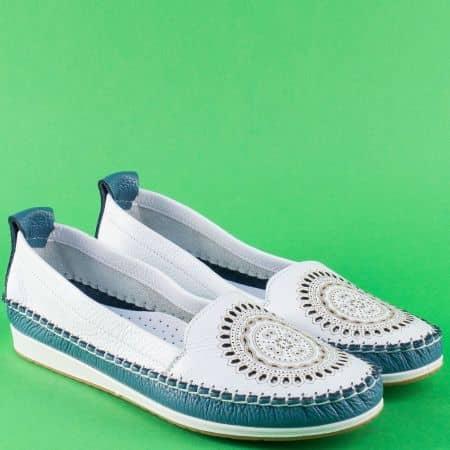 Дамски обувки от естествена кожа с перфорация в син и бял цвят  3002606bs
