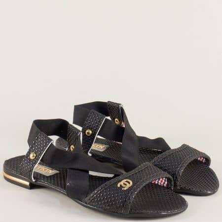 Дамски сандали с ластик в черен цвят на равно ходило 300617ch