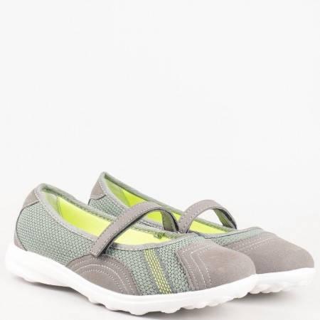 Дамски маратонки с лепка в сив цвят 30102-40sv