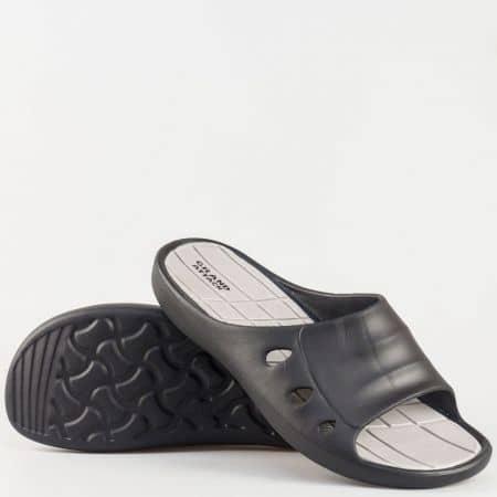 Мъжки джапанки изработени от висококачествен гумен материал с номера до 49 в черно 30119-49ch