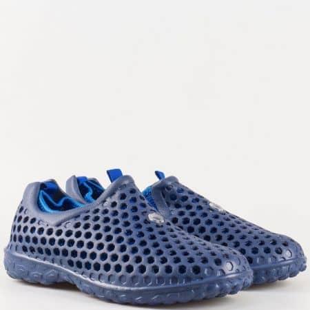 Мъжки летни маратонки с перфорация и текстилен хастар в син цвят 30124s