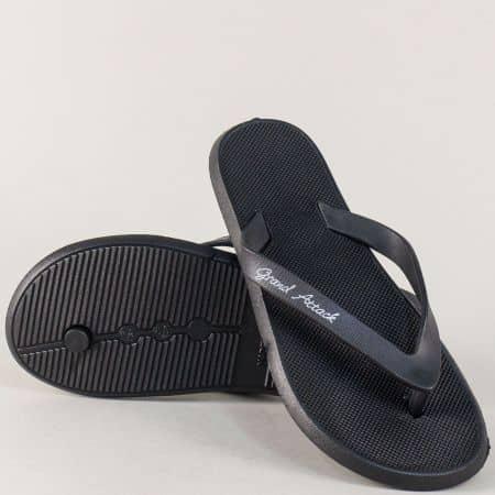 Дамски джапанки в черен цвят на равно и комфортно ходило  30126-40ch