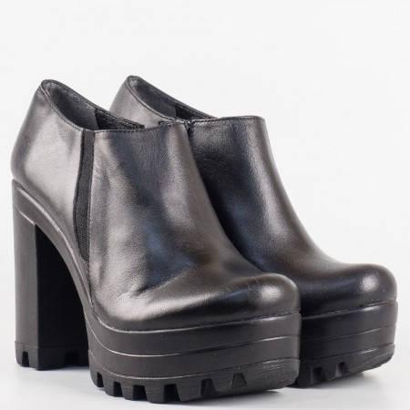 Дамски стилни обувки изработени от 100% естествена кожа в черен цвят 302490ch