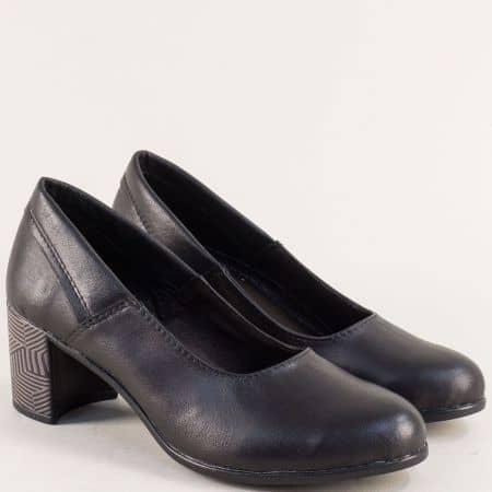 Черни дамски обувки на среден ток с декорация 302527ch