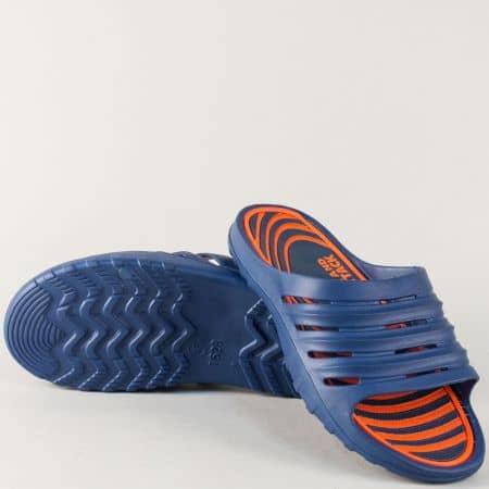 Изчистен модел мъжки джапанки в син и цвят оранж 30270o