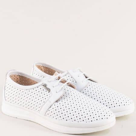 Бели дамски обувки от естестевна кожа с перфорация 30314202b