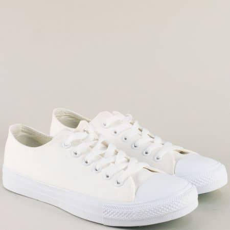 Бели мъжки кецове с връзки на равно ходило 30376-45b