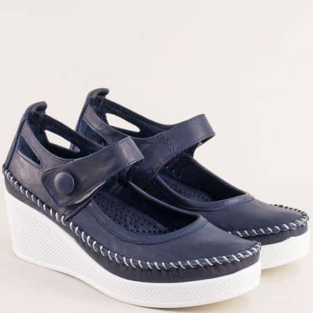 Естествена кожа дамски обувки на клин ходило в тъмно син цвят 30614810ts