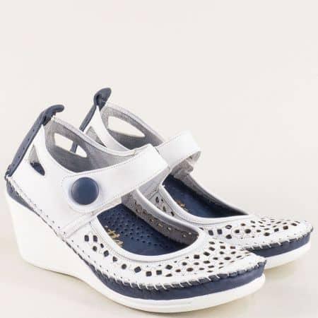 Кожени дамски обувки в синьо и бяло на клин ходило  30621634bs