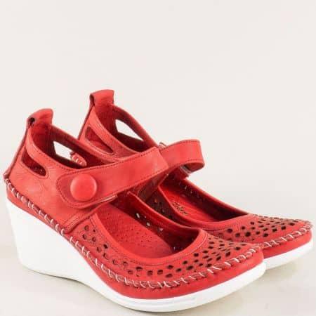 Червени дамски обувки от естествена кожа с лепка 30621634chv