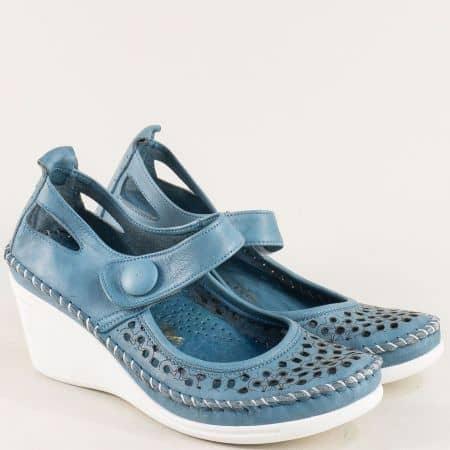 Сини дамски обувки на бяло клин ходило с перфорация 30621634s