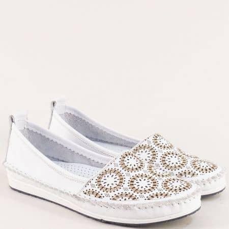 Бели дамски обувки с перфорация от естествена кожа 30710102b