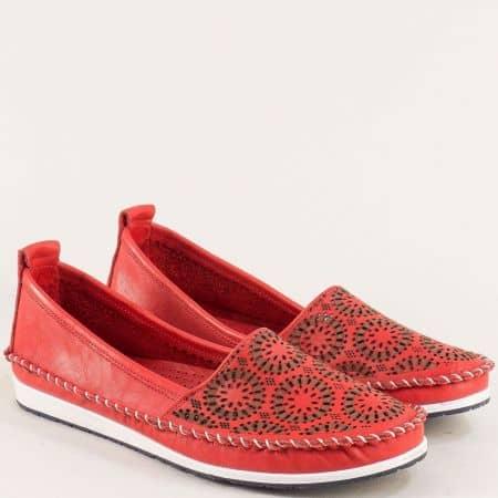 Червени дамски обувки на гъвкаво и шито ходило от кожа 30710102chv