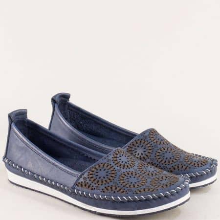 Кожени дамски обувки в тъмно син цвят с перфорация 30710102ts