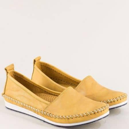 Жълти дамски обувки тип мокасина от естествена кожа на равно ходило 3071010j