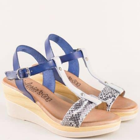 Кожени дамски сандали на платформа, решени в син цвят 3071s
