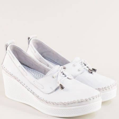 Бели дамски обувки от естествена кожа на платформа 30814810b