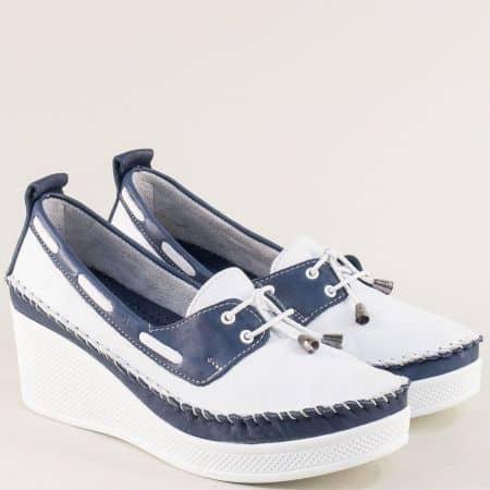Кожени дамски обувки в бяло и синьо на платформа 30814810bs