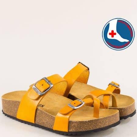 Жълти дамски чехли на ортопедично ходило между пръста 341032j
