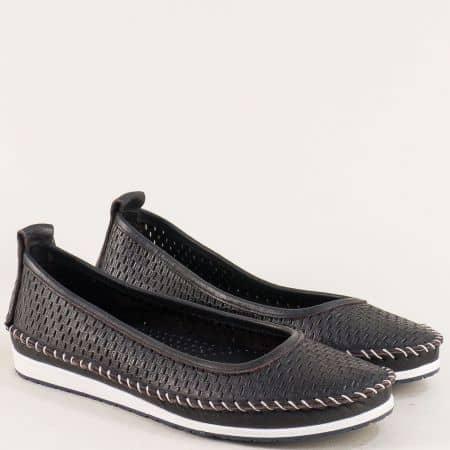 Черни дамски обувки на равно ходило с перфорация 31110101ch