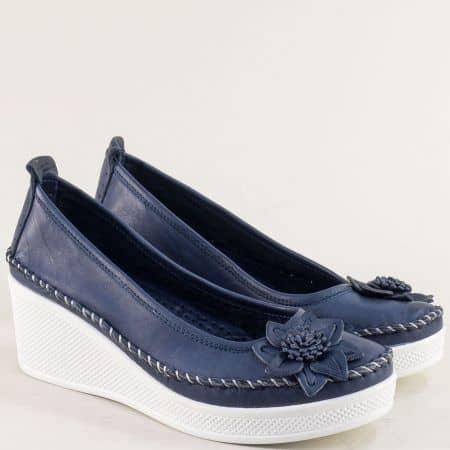 Дамски обувки от естествена кожа в син цвят на платформа 31114810s