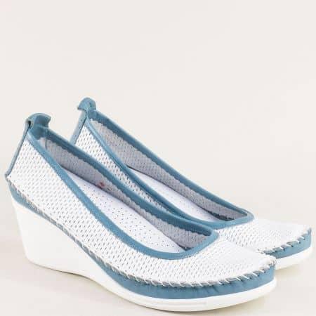 Кожени дамски обувки в синьо и бяло на клин ходило 31121634bs
