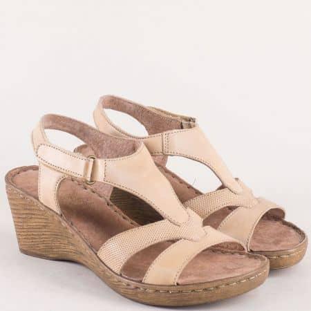 Шити дамски сандали на клин ходило в бежов цвят 3112168bj