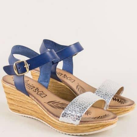 Испански дамски сандали в сребро и синьо на платформа 3175s