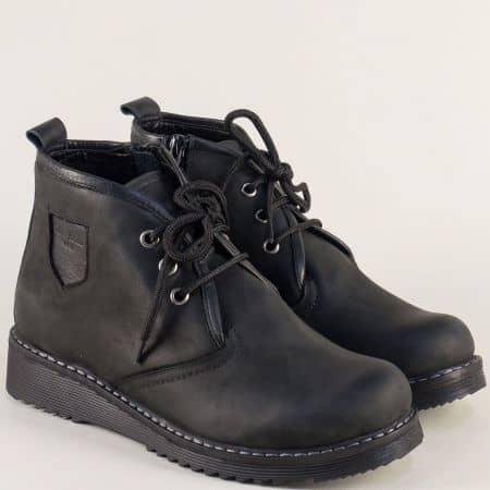 Черни дамски боти от естествен набук с връзки и цип 32338888nch