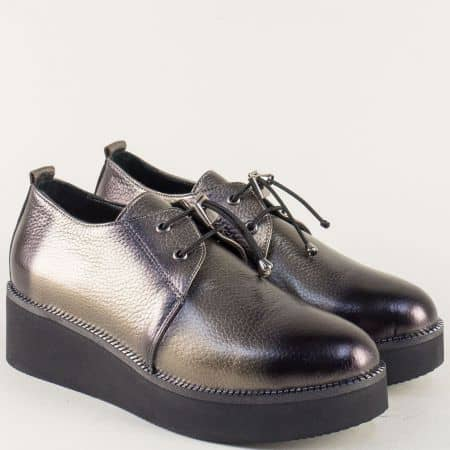 Кожени дамски обувки в сив цвят на платформа 324364sv
