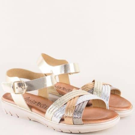 Кожени дамски сандали на платформа в златисто 3360zl
